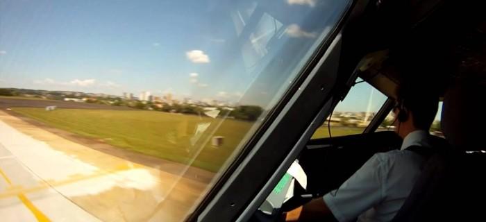 Un día de Vuelos en Avión en sólo 8 minutos [timelapse]