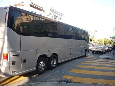 Atacan los autobuses de Google y Apple en San Francisco