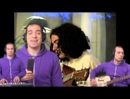 El músico Jonathan Mann interpreta una canción consigo mismo… hace 14 años