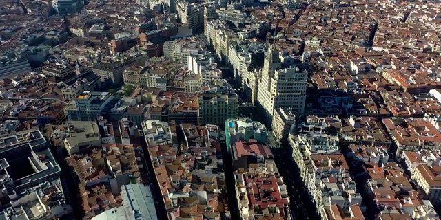 La vista más impresionante de Madrid desde el cielo, con un Phantom y una GoPro Hero 3