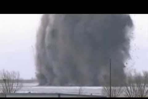 China bombardea el Río Amarillo para evitar inundaciones [Vídeo]