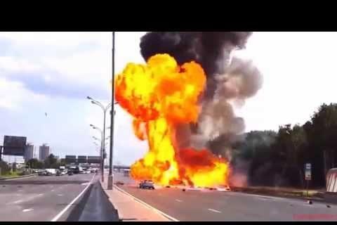 Si ves arder un camión con material inflamable en una autopista… ¡corre!