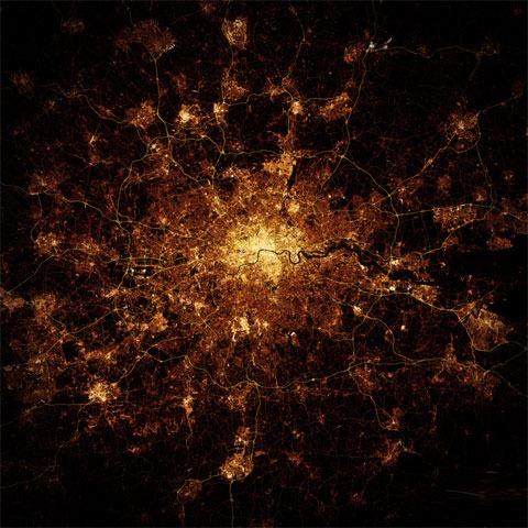 Estas espectaculares fotos nocturnas de ciudades no son reales