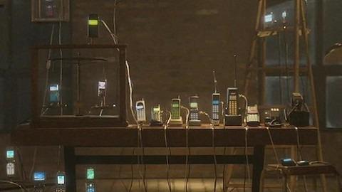SK Telekom monta una orquesta con 30 móviles para celebrar sus 30 años [Curiosidad]
