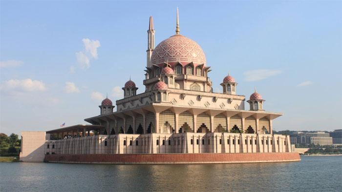 Masjid Putra, Malasia