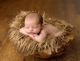 16 fotos preciosas de bebés de pocos días durmiendo