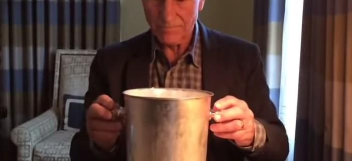 La forma perfecta de hacer el Ice Bucket Challenge, por Patrick Stewart