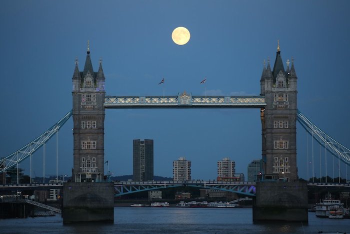 superluna 2 londres