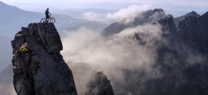 Espectacular vídeo de biketrial de Danny Macaskill [The Ridge]