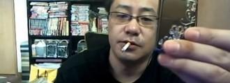 Este hombre le prende fuego a su casa y retransmite todo en directo en Internet