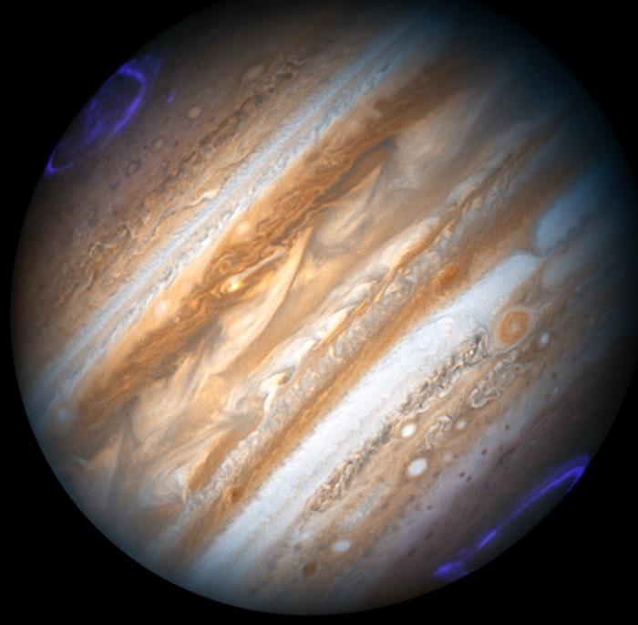 Jupiter con auroras