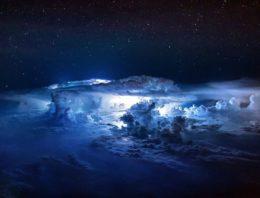Espectaculares tormentas vistas desde un Avión